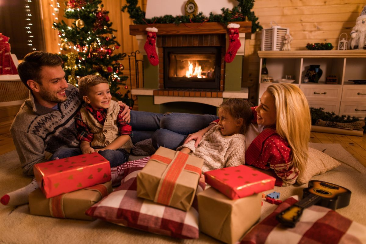 10 Ways to Succeed at Co-parenting During the Holidays