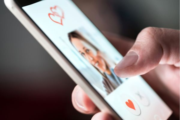Online Dating During and After Divorce